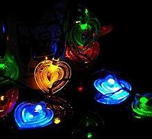Amour solaire en forme de coeur chaîne de