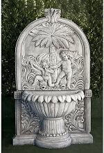 Anaparra - Fontaine centrale classique en pierre