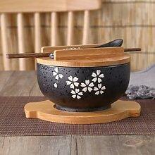 Bol japonais à nouilles instantanées, vaisselle