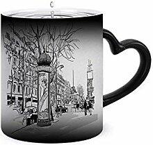Boulevard à Paris – Paris – France – Mug à