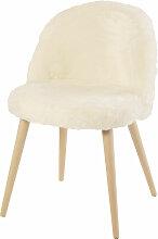 Chaise vintage en imitation fourrure ivoire et