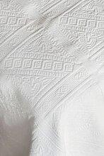 Dessus de lit Champsaur blanc motifs classiques