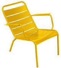 Fauteuil bas Luxembourg / Aluminium - Fermob jaune