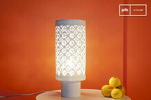 Grande lampe vintage en porcelaine Flowers