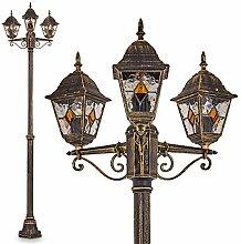 Lampadaire de jardin composé de 3 lumières au