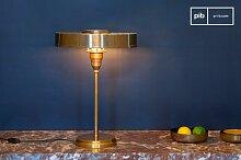 Lampe de table en laiton doré Amber
