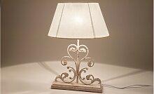 Lampe de table métal blanchi et abat jour en lin