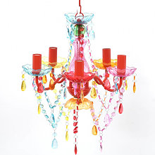 Lustre en cristal multicolore