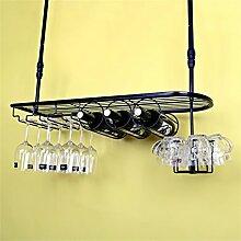 Porte-bouteilles suspendus au plafond