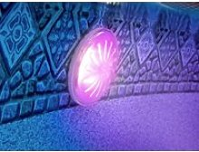 Projecteur led couleurs pour piscine acier