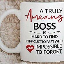 Retraite de patron laissant la tasse de café de