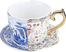Soucoupe En Céramique De Tasse De Café Avec La