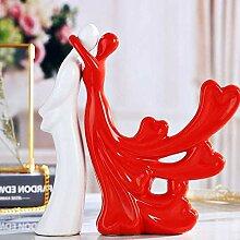 Statue Sculpture Figurine Kissing Couple