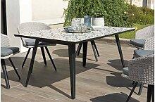 Table de jardin avec plateau carreaux de ciment -