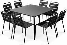 Table de jardin carrée en métal et 8 chaises