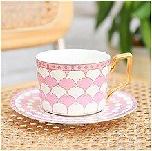 Tasse de café marocaine et soucoupe en céramique