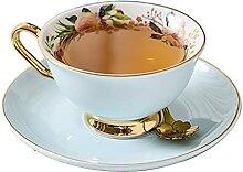 Tasses Belles À Café Soucoupes Et Cuillères
