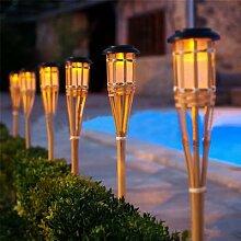 Thrisdar – torche solaire en bambou, faite à la