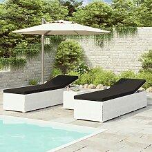 vidaXL Chaises longues de jardin table à thé